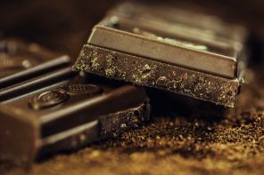 Beneficios de tomar Magnesio, el chocolate negro